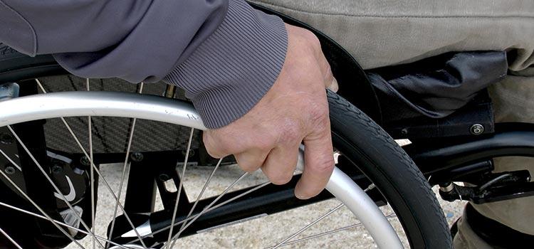 Inps, fino a 1000 euro al mese per chi ha un disabile in famiglia